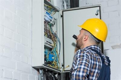 wiring-an-outlet-in-dunedin--fl